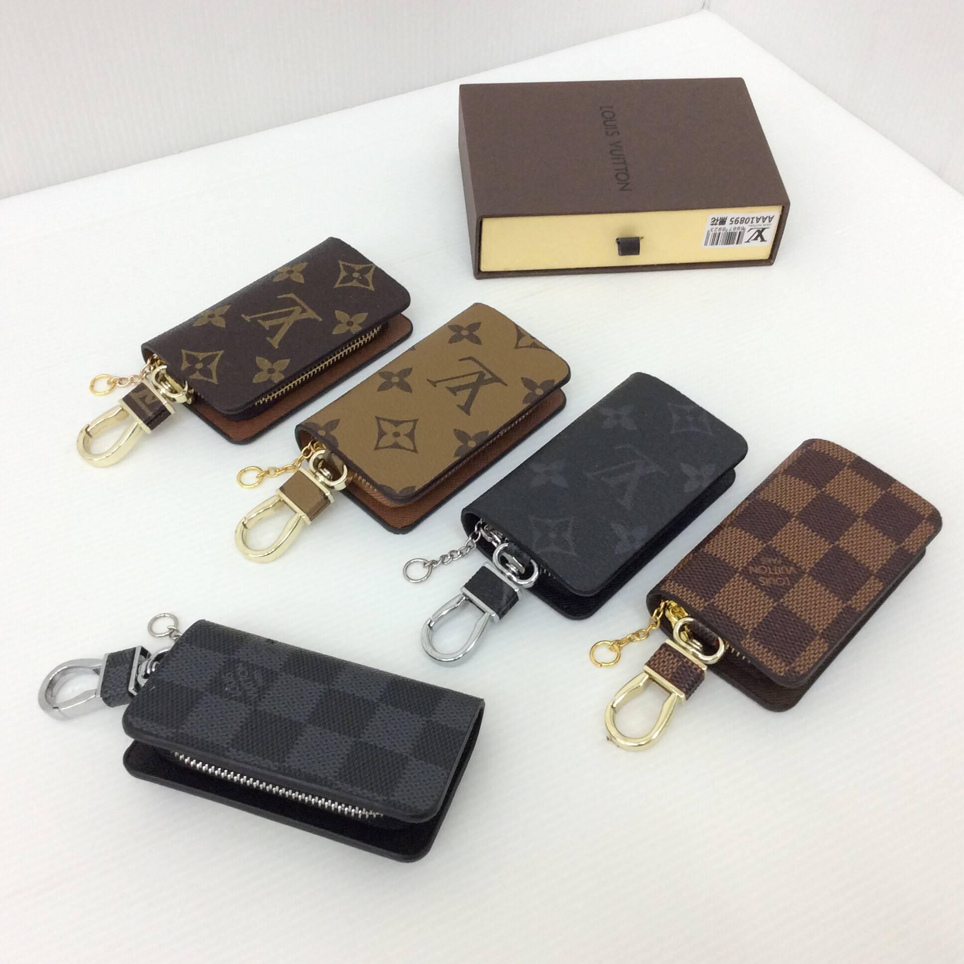 กระเป๋า กุญแจ Louis vuitton