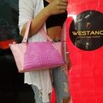 กระเป๋าถือหนังจระเข้แท้ สีชมพู รหัส CRW1217W-10-PI1