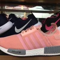 รองเท้าผ้าใบ มาใหม่ 2018