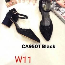 รองเท้าแฟชั่น Ca9501 สีดำ / สีทอง