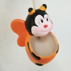 ตุ๊กตา เซรามิกขนาดใหญ่ ผึ้งแบบห้อย แขวน (ปลูกต้นไม้) สีส้ม