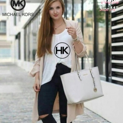 กระเป๋าแฟชั่น MK