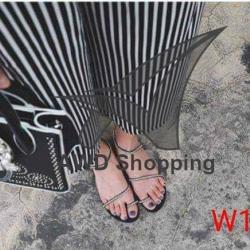 รองเท้าแตะแฟชั่น ผู้หญิง TERAA88 สีดำ / สีขาว
