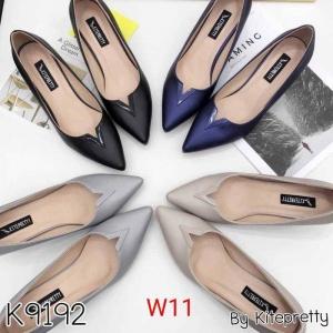 รองเท้าแฟชั่น ส้นเตี้ย by Kitepretty สีน้ำเงิน / สีเทา /สีดำ / สีครีม